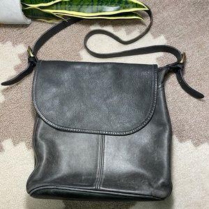 Vintage COACH Black Leather Shoulder CrossBody Bag